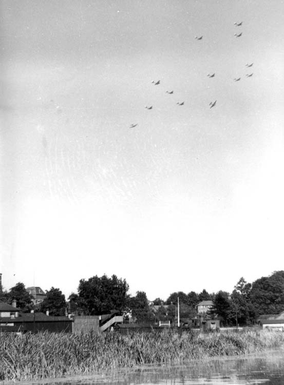 B-17s over Friars Meadow